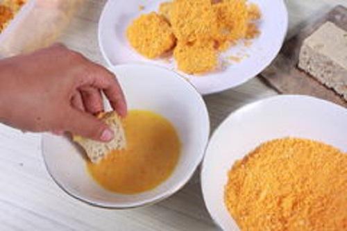 Pan rallado de maíz